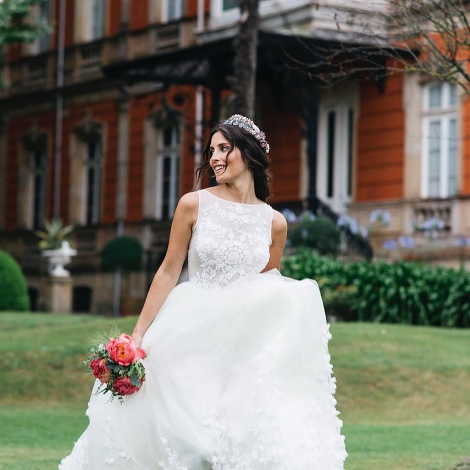 hoy os presentamos el espectacular vestido de novia que lució la influencer Paula Loves en su boda