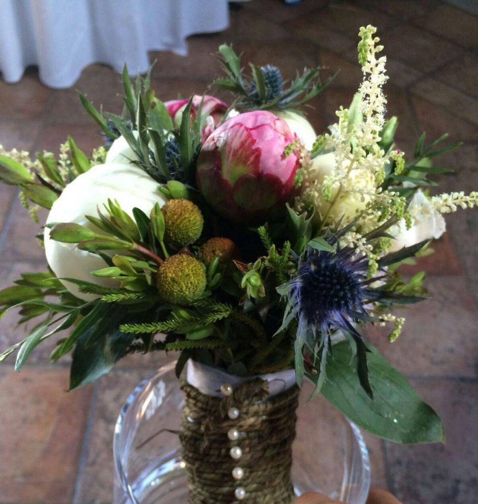 flores en el ático novias