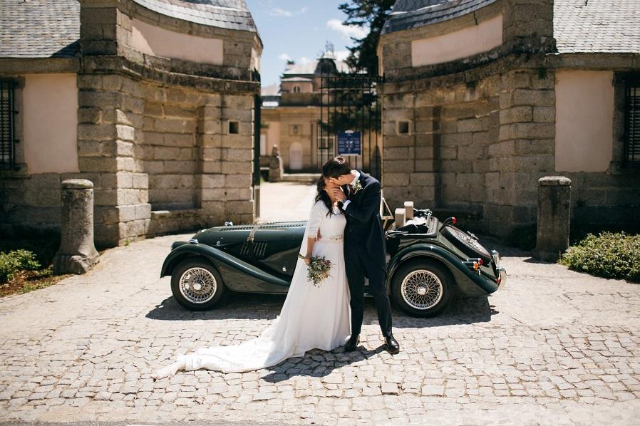 el vestido de novia en muselina de seda natural de Noelia en el blog de Beatriz Alvaro,